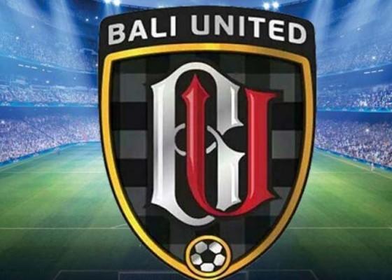 Nusabali.com - bali-united-u-16-raih-dua-penghargaan