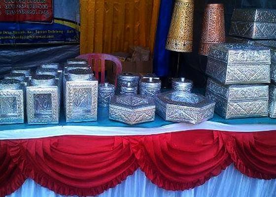 Nusabali.com - seni-kerajinan-aluminium-ikon-kebanggan-desa-menyali