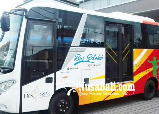 Nusabali.com - dishub-kembali-datangkan-dua-bus-sekolah