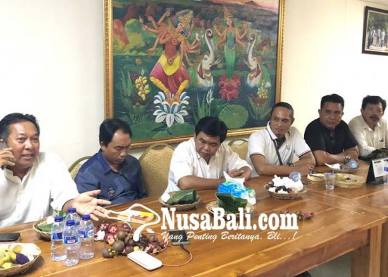 Nusabali.com - pk-golkar-se-buleleng-datangi-dpd-i