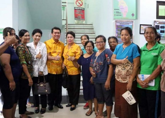 Nusabali.com - cegah-kanker-yki-gelar-pemeriksaan-iva-dan-papsmear