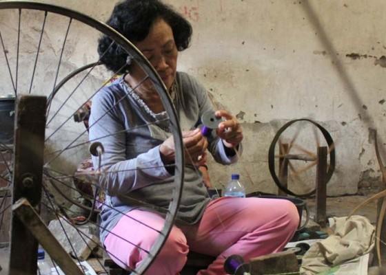 Nusabali.com - pekerja-rumahan-butuh-perhatian-pemerintah