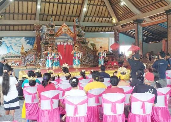 Nusabali.com - gelar-workshop-fotografi-dengan-suguhan-tradisi-jembrana