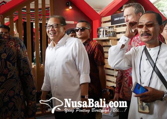 Nusabali.com - puspayoga-imbau-masyarakat-indonesia-jangan-jadi-pns