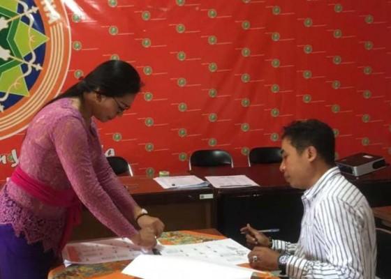 Nusabali.com - pemilih-dan-tps-di-badung-berkurang