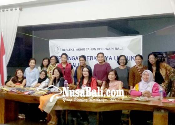 Nusabali.com - menyongsong-2019-iwapi-bali-rapatkan-barisan