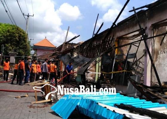 Nusabali.com - kerugian-tembus-15-miliar-semua-pedagang-menangis-histeris