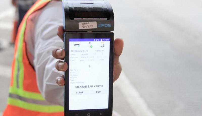 www.nusabali.com-antisipasi-kemacetan-di-gerbang-tol-jbt-siapkan-mobile-reader