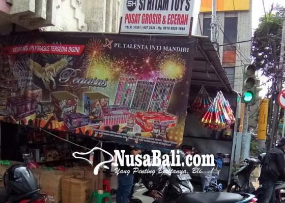 Nusabali.com - jelang-nataru-warga-dilarang-bunyikan-mercon