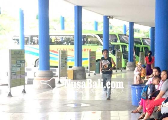 Nusabali.com - keberangkatan-bus-dari-terminal-mengwi-meningkat