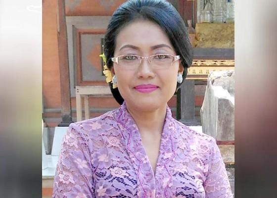 Nusabali.com - merasa-seperti-ibu-ketika-menjadi-seorang-guru