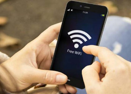 Nusabali.com - tahun-2019-bale-desa-adat-dipasangi-wifi