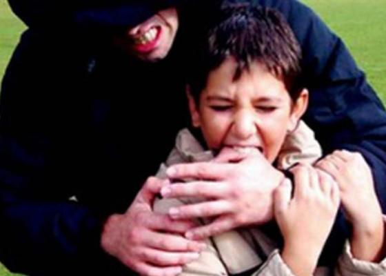 Nusabali.com - pria-culik-dan-bunuh-sepupu-usia-5-tahun