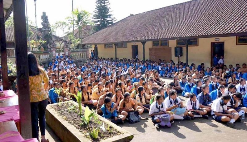 www.nusabali.com-lahan-smpn-1-rendang-hanya-37-are
