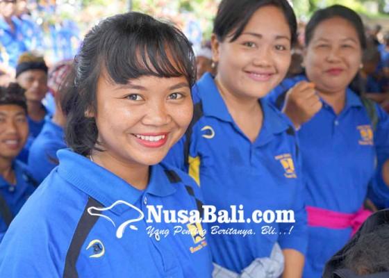 Nusabali.com - musim-hujan-mandor-jalan-kesulitan-kerja