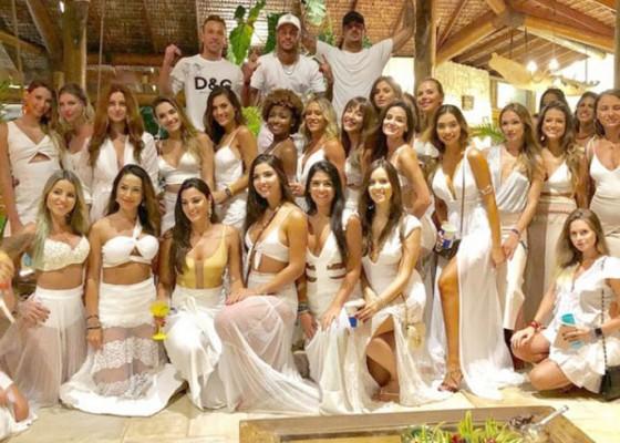 Nusabali.com - neymar-tahun-baruan-bersama-26-wanita