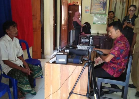 Nusabali.com - jembrana-tunggu-juknis-pemblokiran-warganya-yang-tidak-perekaman-e-ktp