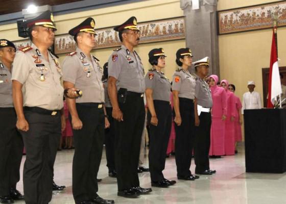 Nusabali.com - 988-personel-polda-bali-naik-pangkat
