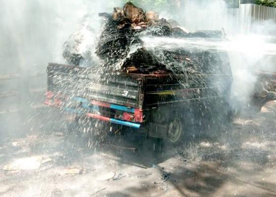 Nusabali.com - korsleting-pick-up-hangus-terbakar