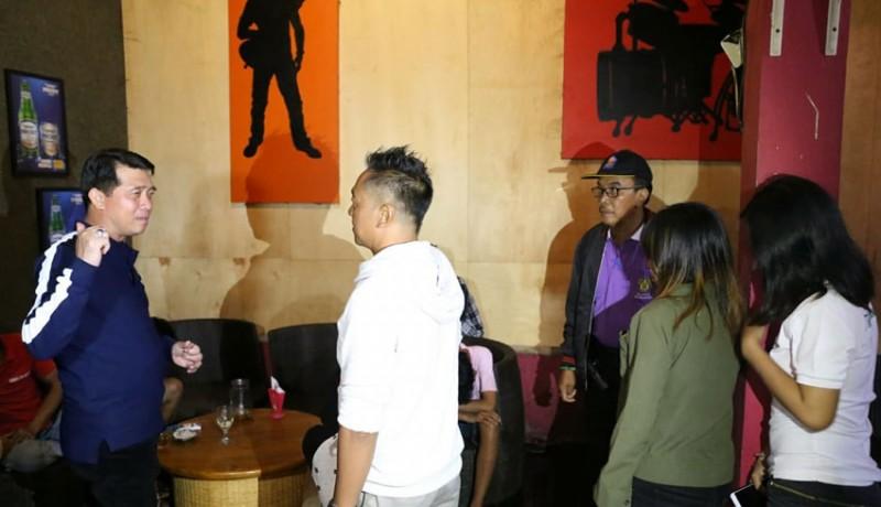 www.nusabali.com-kafe-remang-remang-ditutup
