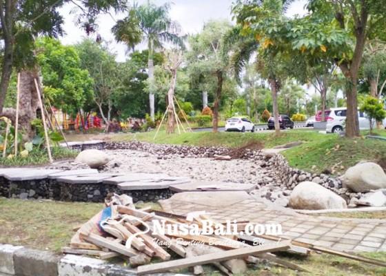 Nusabali.com - air-sempat-meluap-pembangunan-ring-river-jadi-sorotan