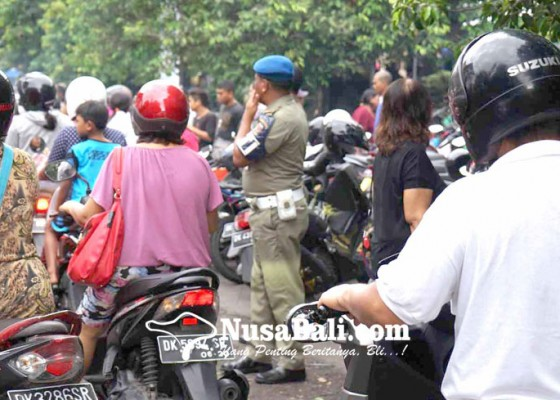 Nusabali.com - jalan-kesatrian-semrawut