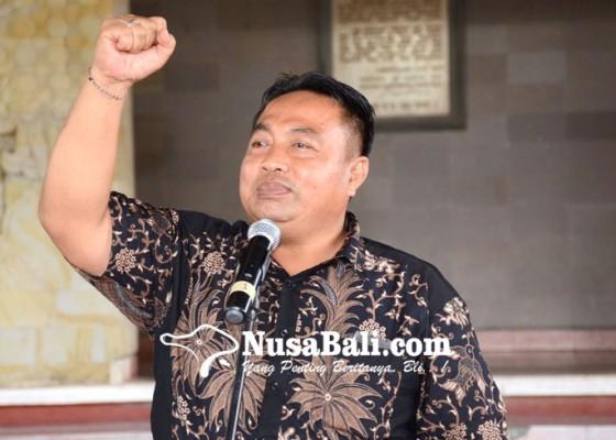 Nusabali.com - nyoman-parta-pimpin-pansus-ranperda-desa-adat