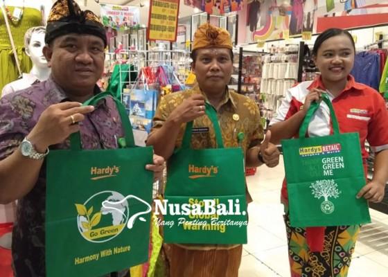 Nusabali.com - dipantau-penggunaan-plastik-sekali-pakai-di-toko-modern