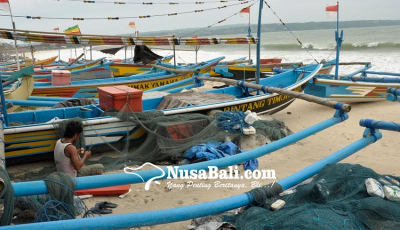 www.nusabali.com-gelombang-tinggi-bmkg-imbau-nelayan-waspada