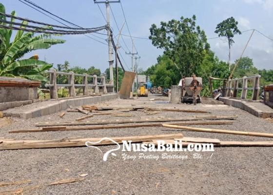 Nusabali.com - jembatan-batupulu-terancam-kesulitan-hotmix