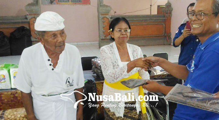 www.nusabali.com-empat-lansia-panti-jompo-dijemput-keluarganya