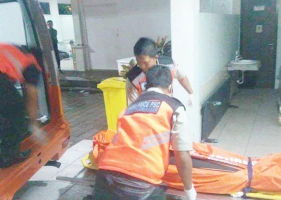Nusabali.com - tabrak-trotoar-pemotor-tewas
