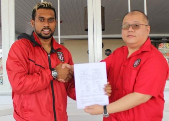 Nusabali.com - bali-united-rekrut-bek-dan-kiper