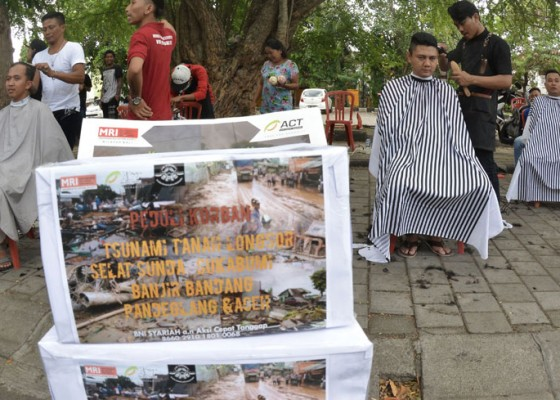 Nusabali.com - potong-rambut-untuk-donasi-bencana