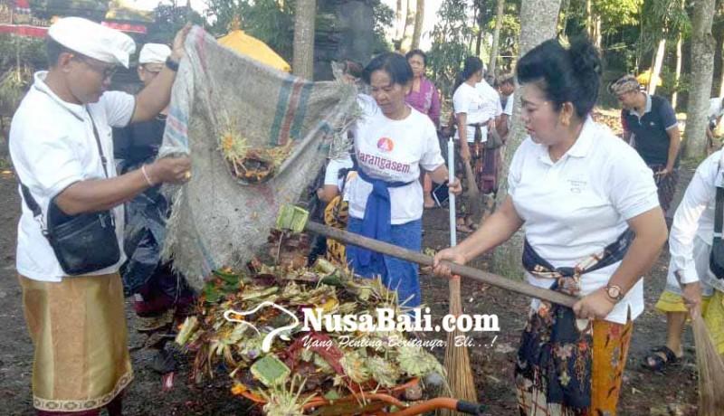 www.nusabali.com-bupati-pimpin-bersih-sampah-di-pura-dalem-puri-besakih