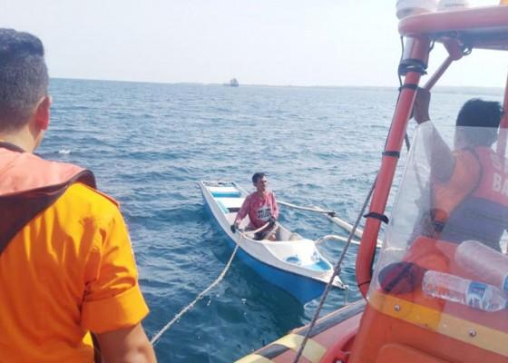 Nusabali.com - digulung-ombak-nelayan-menghilang