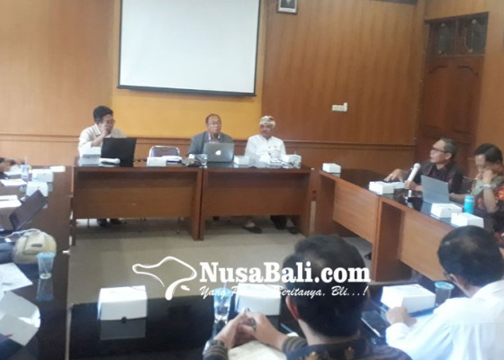 Nusabali.com - unhi-berencana-kembangkan-prodi-hukum-adat