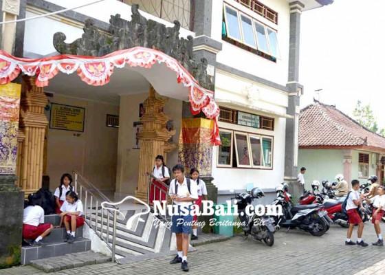 Nusabali.com - slb-karangasem-dapat-jatah-8-guru-pns