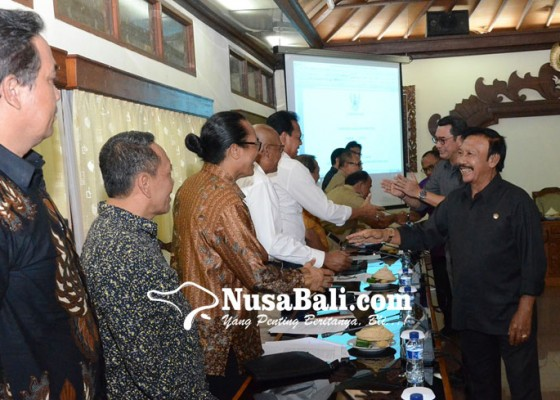 Nusabali.com - bali-jadi-pilot-project-retribusi-wisatawan