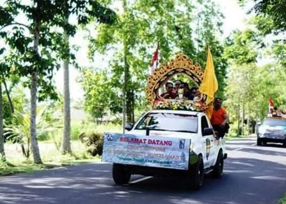 Nusabali.com - trofi-adipura-diarak-keliling-kota-bangli