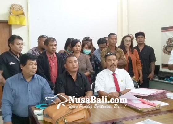 Nusabali.com - puluhan-korban-koperasi-bodong-dari-tabanan-bingung