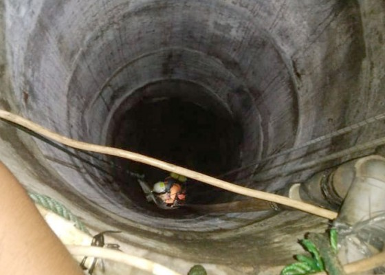 Nusabali.com - jatuh-ke-dalam-sumur-pemuda-tewas