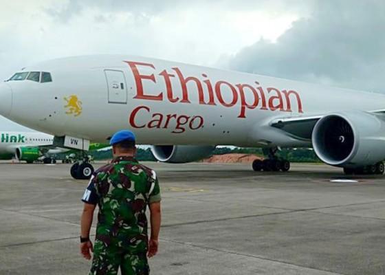 Nusabali.com - ethiopian-airlines-dipaksa-turun