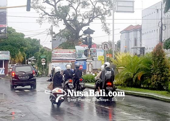 Nusabali.com - traffic-light-rusak-dicuekin