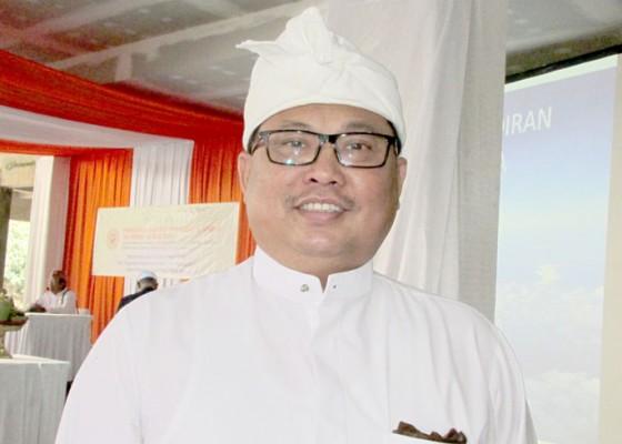 Nusabali.com - gus-sukarta-agendakan-nobar-di-bali