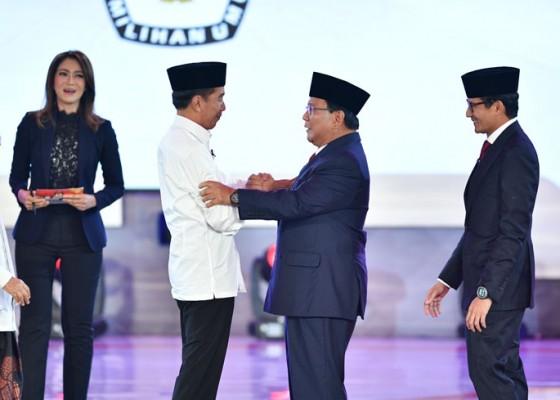 Nusabali.com - jokowi-serang-prabowo-dengan-isu-caleg-koruptor