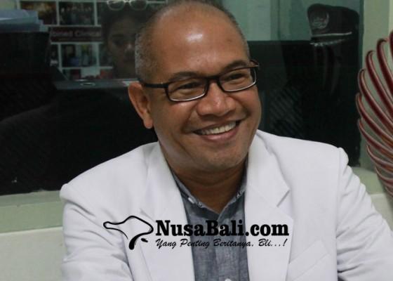 Nusabali.com - terapkan-konsep-care-always-dinobatkan-jadi-dokter-teladan