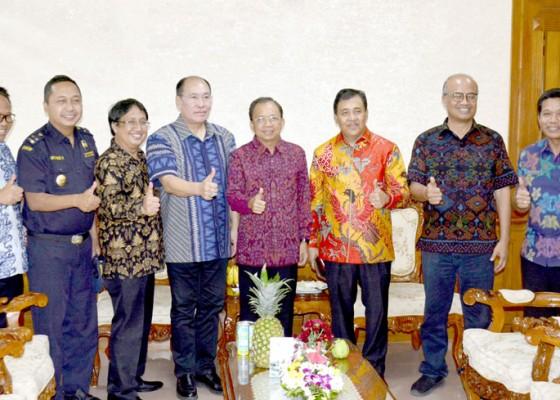 Nusabali.com - gubernur-berharap-bisa-tingkatkan-kualitas-buah-lokal