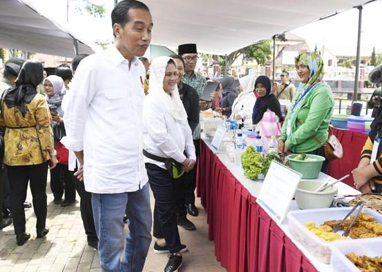 Nusabali.com - presiden-motivasi-penerima-kredit-mikro