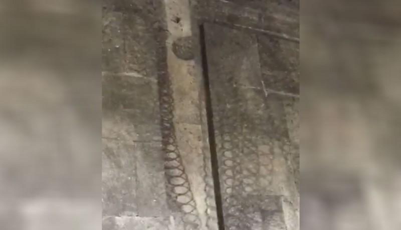www.nusabali.com-jejak-sisik-naga-muncul-di-besakih
